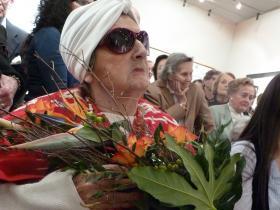 Soshana & flowers
