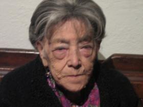 Carmelita Mendoza.