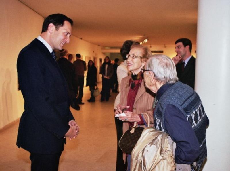Ambassador Rendi and Visitors
