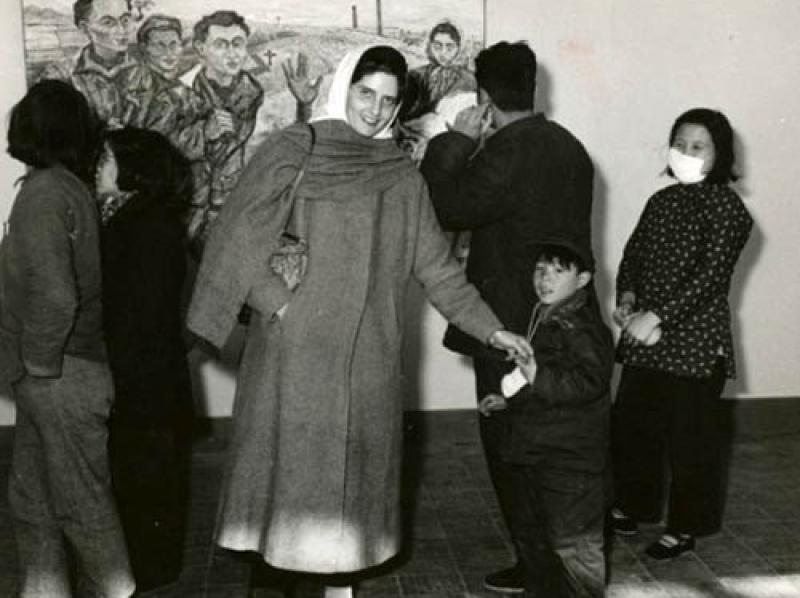 Soshana at her exhibition in China | Beijing 1957