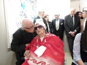 Staudacher kissing Soshana